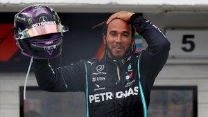 Lewis Hamilton (Mercedes) celebra su octava victoria en el GP de Hungría.
