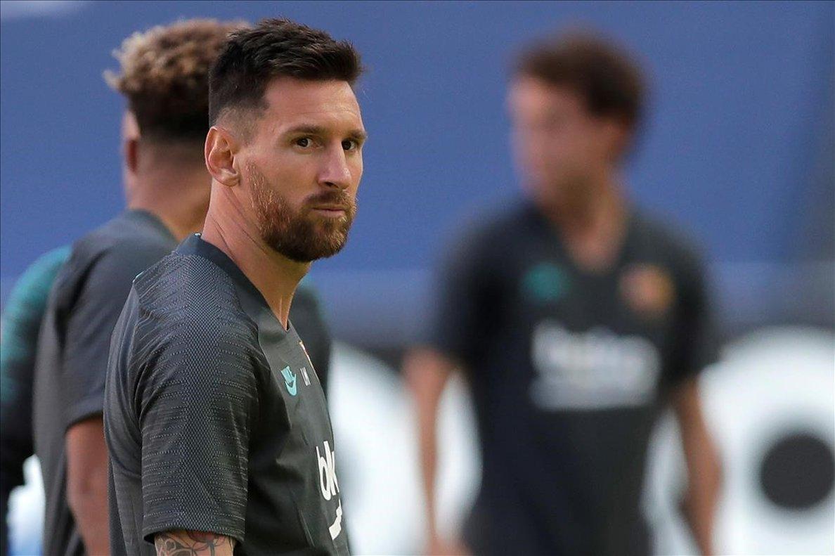 Lionel Messi, en el entrenamiento del Barça en el estadio Da Luz