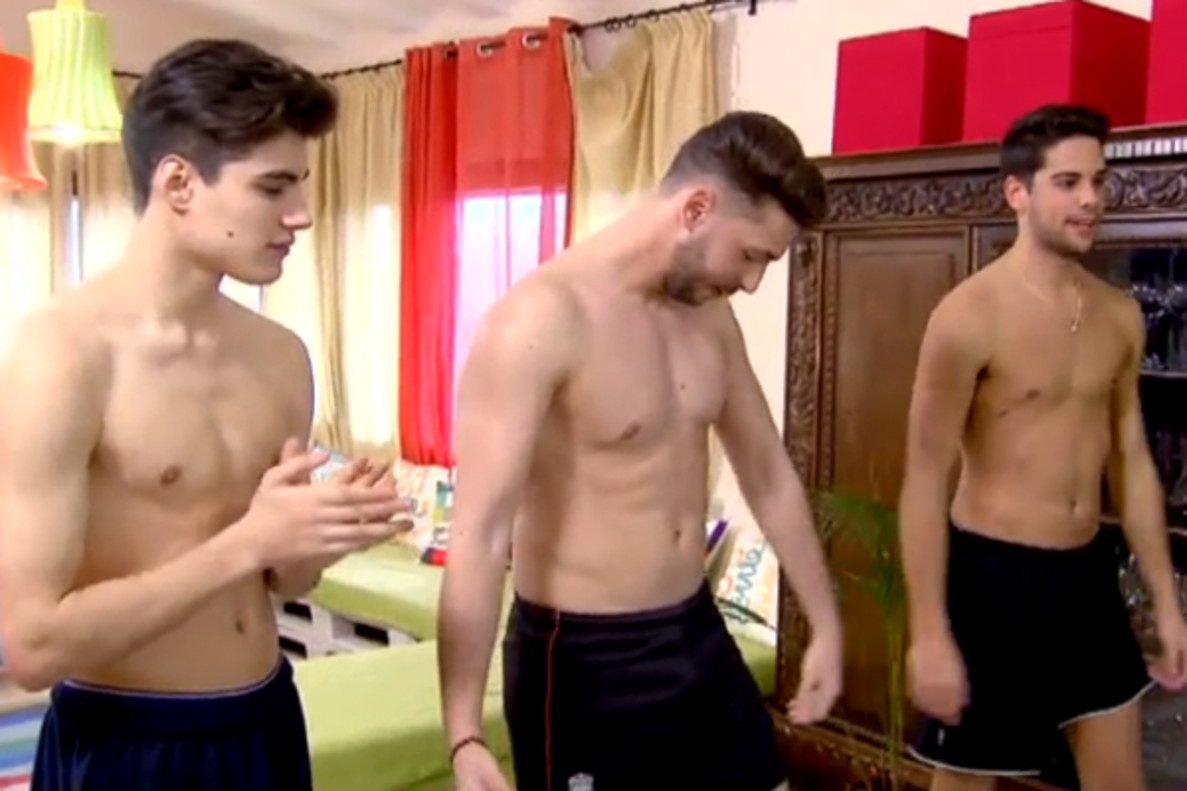'MYHYV' | Los chicos de Violeta se quitan la ropa por un reto de Alba Carrillo