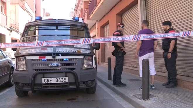 Los Mossos registran de nuevo el piso del encarcelado por matar a Janet Jumillas.