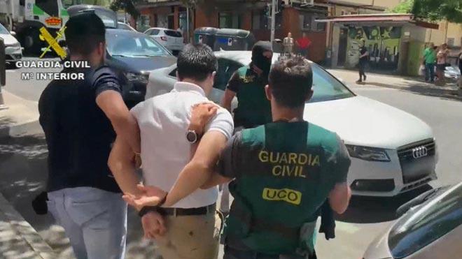 Detingut Lupin, el major ciberestafador d'Espanya 23 anys, esmunyedís i violent