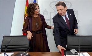 María Jesús Montero y Luis Planas, en la rueda de prensa del Consejo de Ministros.