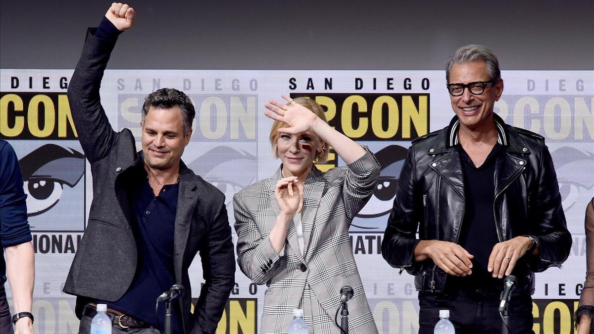 Mark Ruffalo, Cate Blanchett y Jeff Goldblum, en el panel sobre 'Thor Ragnarok'.
