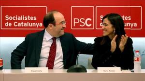 El primer secretario del PSC, Miquel Iceta, y la alcaldesa de Santa Coloma de Gramenet, Núria Parlon.