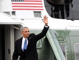 Obama sube al helicóptero presidencial por última vez.