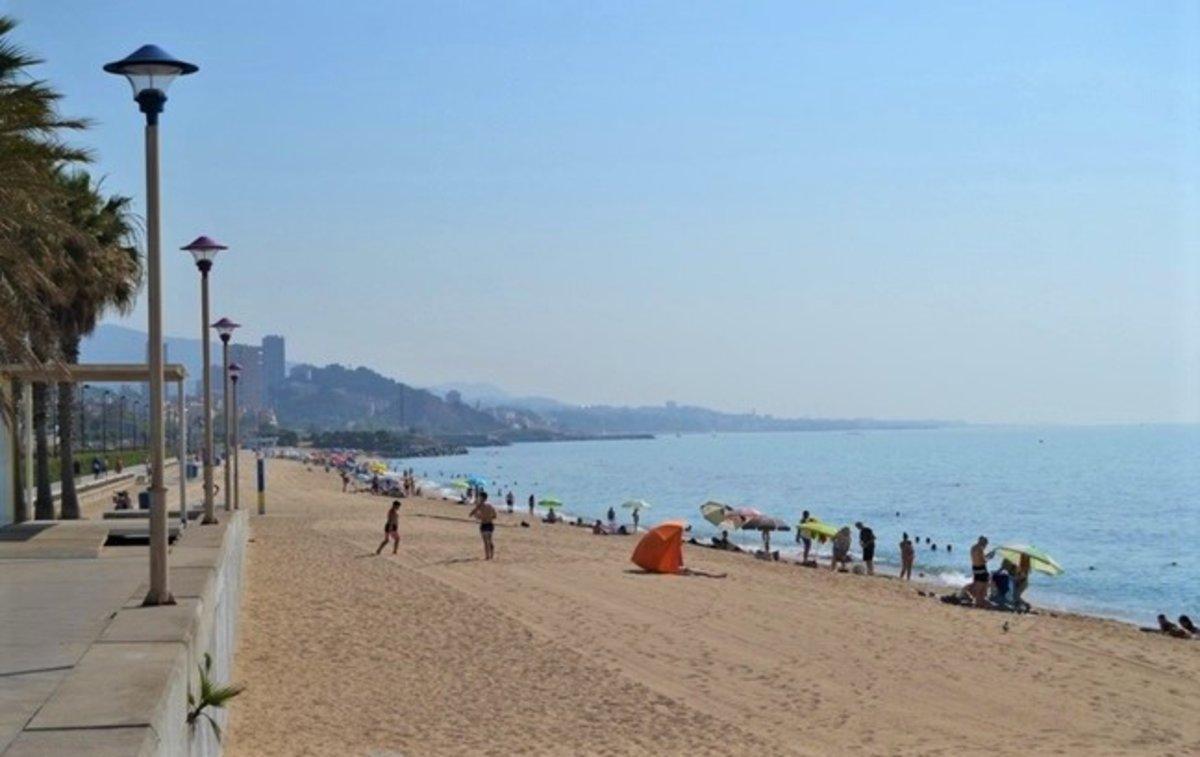 La playa de Badalona.