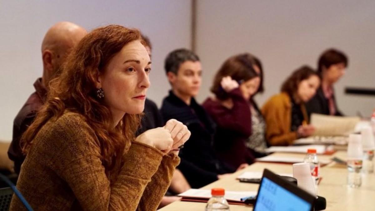 Primera sesión de trabajo del nuevo reglamento con las miembros del plenario del Consejo de Mujeres de Barcelona.