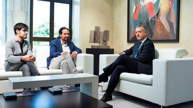 Reunión del lehendakari Urkullucon Pablo Iglesias.