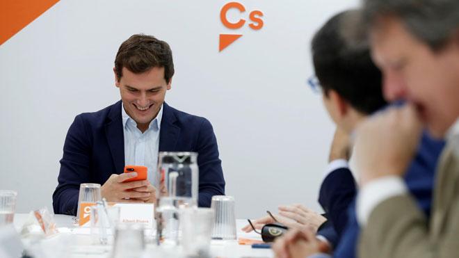 Rivera buscará apoyos en los partidos constitucionalistas si Cs consigue un solo escaño más en Andalucía.