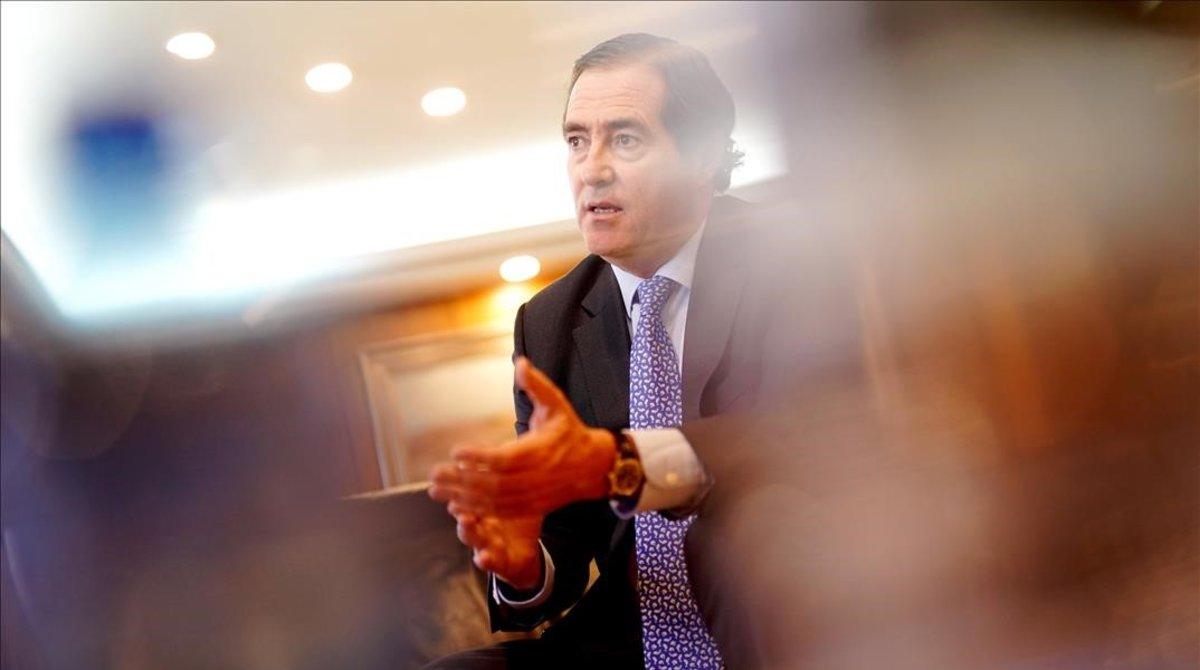 El presidente de CEOE, Antonio Garamendi, en un momento de la entrevista.