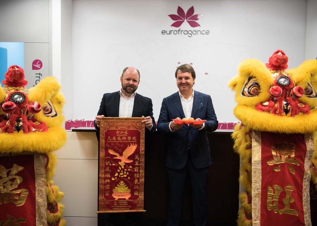 Santiago Sabatés, consejero delegado de Eurogfragance, y Markus Steger, director general de la firma para Asia-Pacífico.