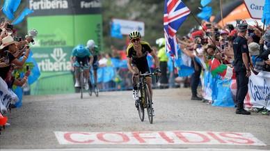 Simon Yates pren el comandament de la Vuelta a Espanya entre els nervis de Nairo Quintana