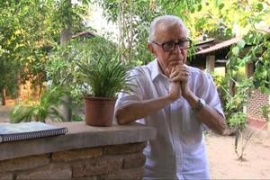 El obispo Casaldàliga, en una secuencia del documental de Pere Escibano'Pere Casaldàliga, les causes y la vida'.