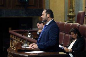 GRAF3539. MADRID, 10/10/2018.- El ministro de Fomento José Luis Ábalos, durante su intervención en la sesión de control del Congreso de los diputados, en una sesión marcada por la crisis de Cataluña, la primera desde el aniversario del 1-O.-EFE/Ballesteros