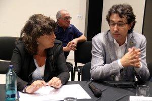 Teresa Jordà, 'consellera' de Agricultura, y Francesc Barbero, alcalde de Flix.