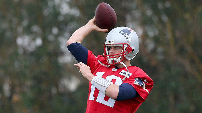 Tom Brady, dels New England Patriots, durant un entrenament, divendres.