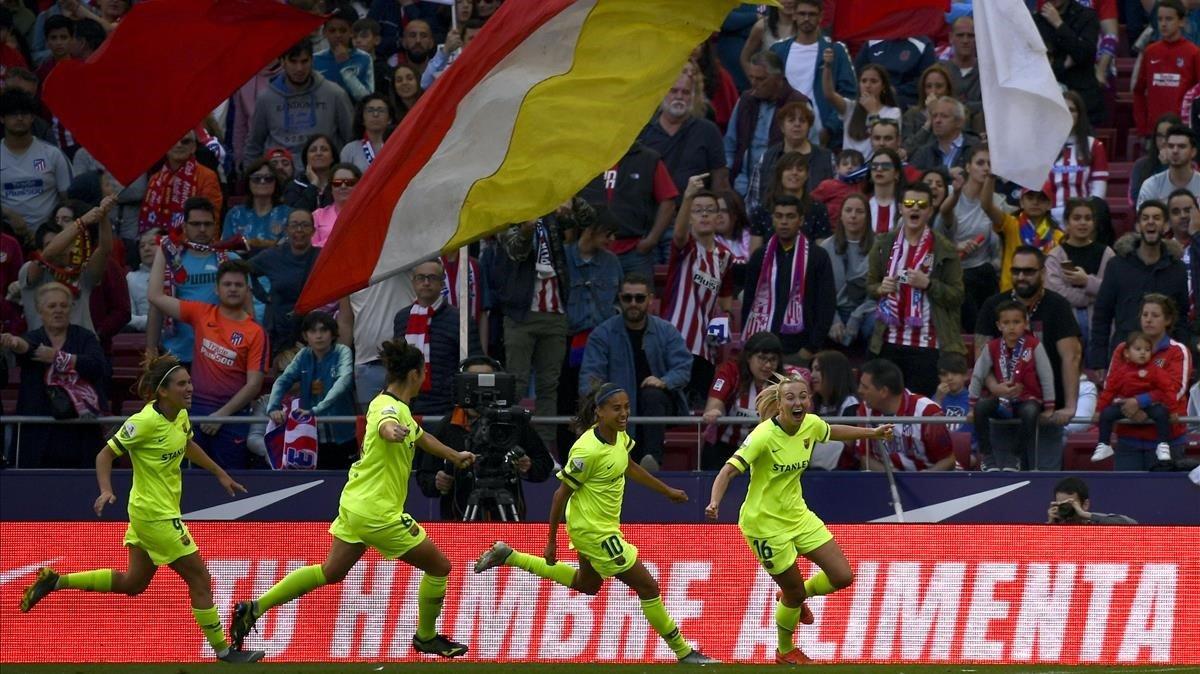 Toni Duggan celebra un gol del Barça en el Wanda.