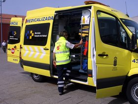 Una ambulancia delServicio de Urgencias Canario.