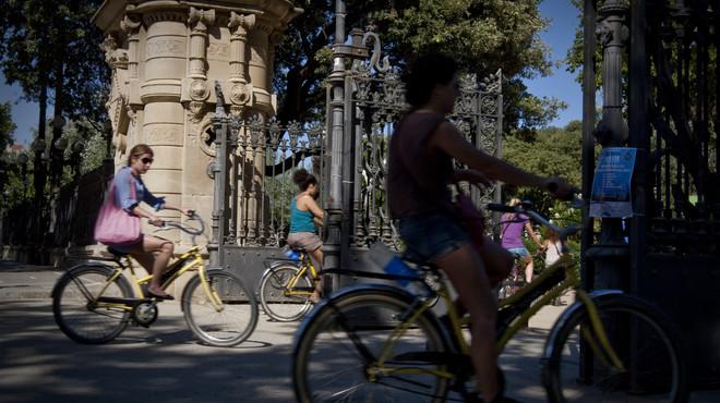 Una 'app' reparte 10.000 euros por las calles de Barcelona