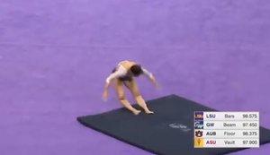 La escalofriante lesión de una gimnasta: se rompe las dos piernas en una caída