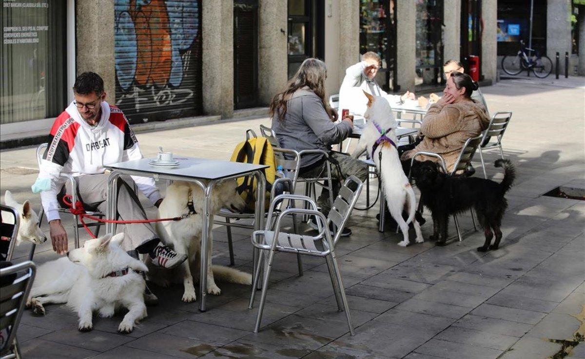 Una terraza en Barcelona, este miércoles.