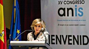 La ministra de Sanidad, María Luisa Carcedo, en el congreso de informadores de Salud.