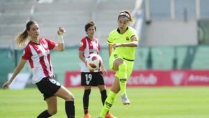 Vicky Losada, en un lance del Athletic-Barça disputado en Lezama.