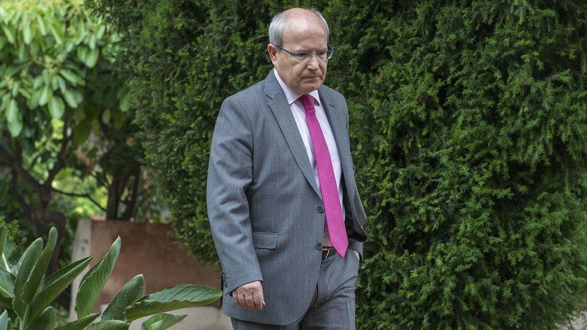Montilla demana a la Generalitat i al Parlament que parin la DUI