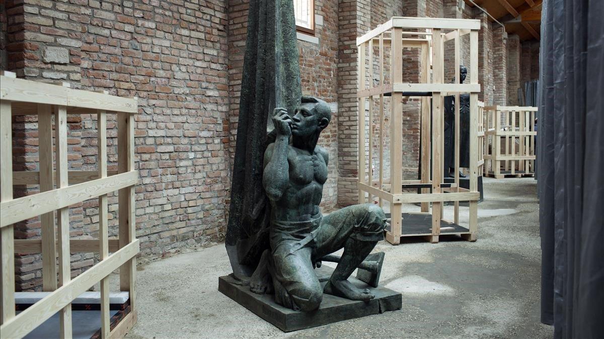 Ens tornen bojos les estàtues