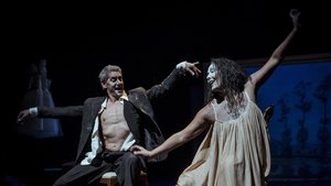 Albert Hurtado y Marta Carrasco en 'Jo dona. Homenatge a Lili Elbe'.