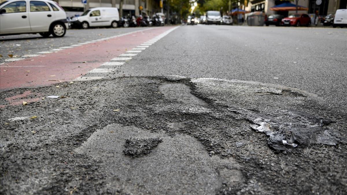 Más de 12.000 metros cuadrados de pavimentación fueron dañados en las protestas de octubre.