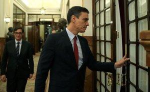 El Govern mira de calmar l'oposició i planteja uns nous Pactes de la Moncloa