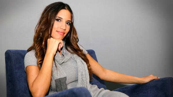 La cantant Índia Martínez interpreta la cançó 'Aléjate de mí' en acústic per a EL PERIÓDICO.