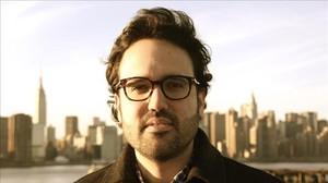 Alejandro Roche, uno de los impulsores de la plataforma Dos Millones de Votos y participante del nodo de Marea Granate en Nueva York.