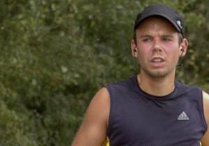 Andreas Lubitz, el pilot que va estavellar lavió de Germanwings, durant unmarató el2009.