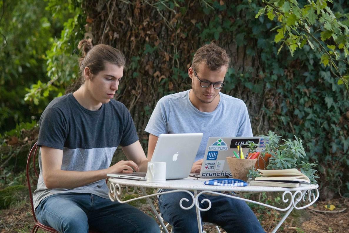 Marc Assens y André Bastié, creadores de Happy Scribe
