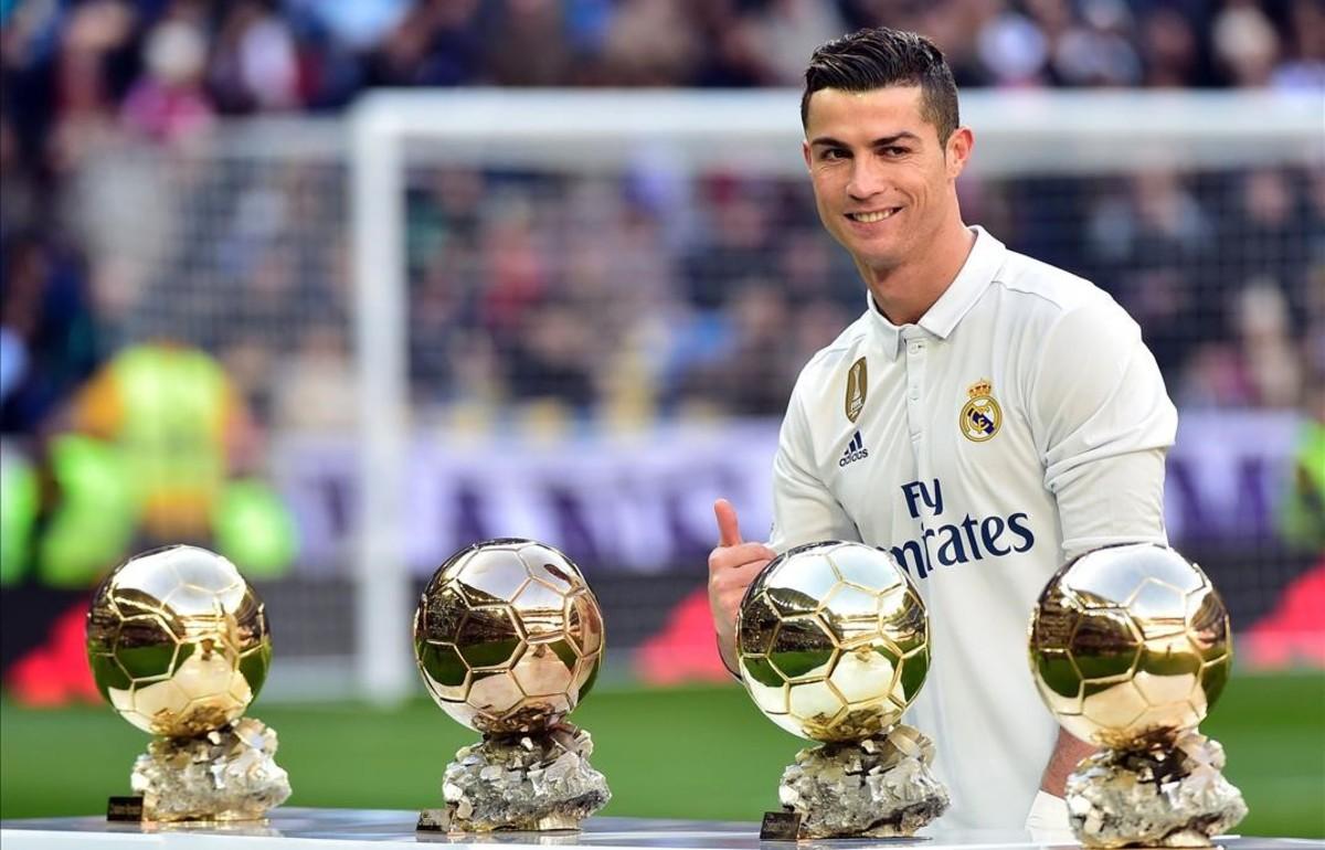 Cristiano, durante el acto en el que ofreció el cuarto Balón a Oro a la afición madridista.