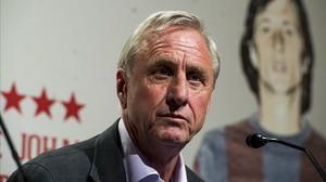 Cruyff, en la presentación del documental sobre su llegada al Barça, a finales del pasado año