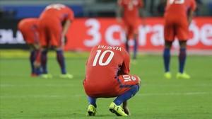 Xile, vermella de vergonya