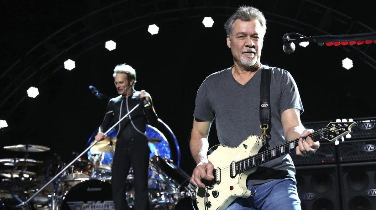 Eddie Van Halen, el guitarrista de Van Halen, en una actuación del 2015.