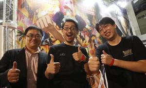 El equipo de One Piece Gold, Hiroyuki Sakurada (productor), Hiroaki Miyamoto (director) y Masayuki Sato (director de animación), en el Salón del Manga.