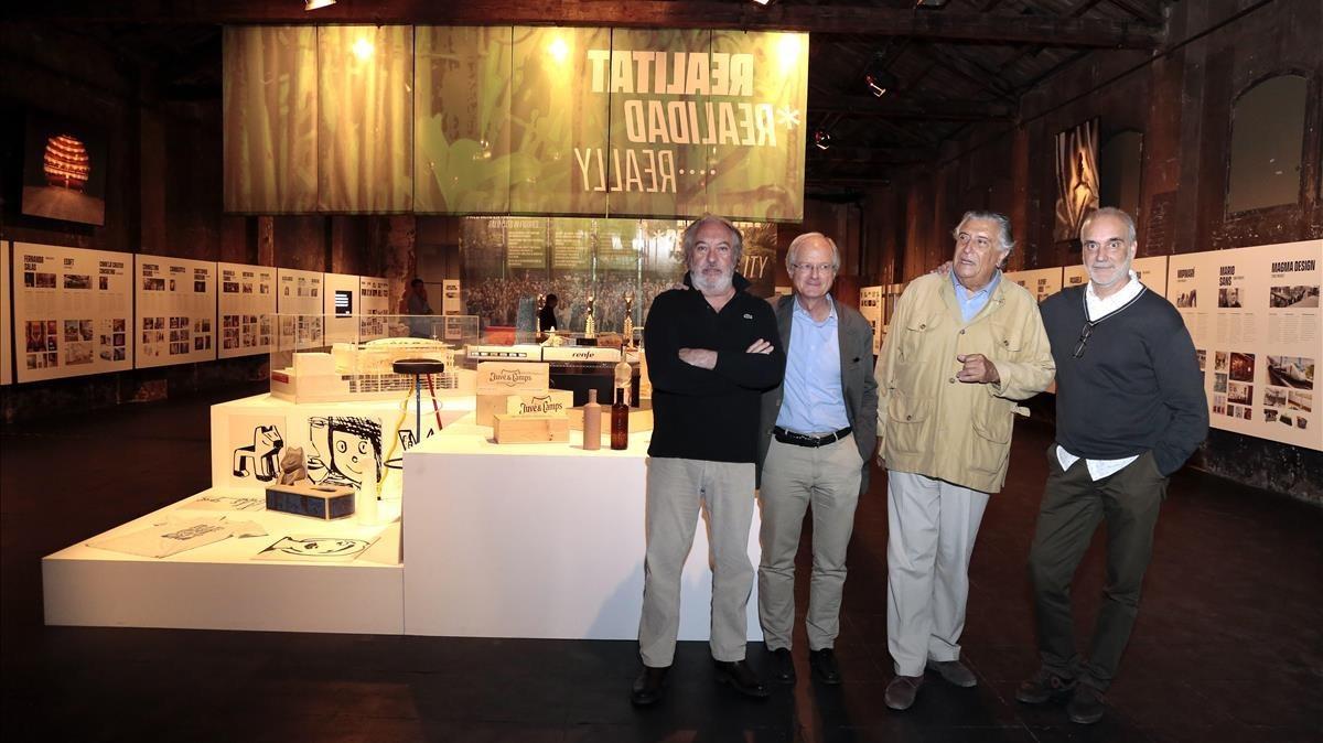 Fernado Salas, Antoni Clariana, Xavier Medina Campeny yMario Sans, en la exposición de Palo Alto.