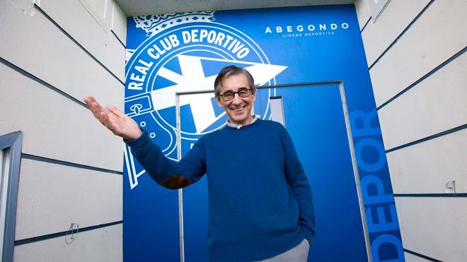 Fernando Vázquez: «Una cosa és ser gran i una altra és estar caducat»