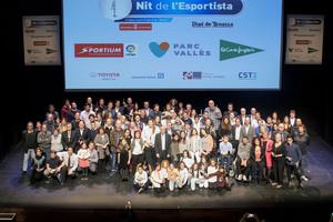 Foto de grupo de la gala la Nit de lEsportistaen Terrassa.