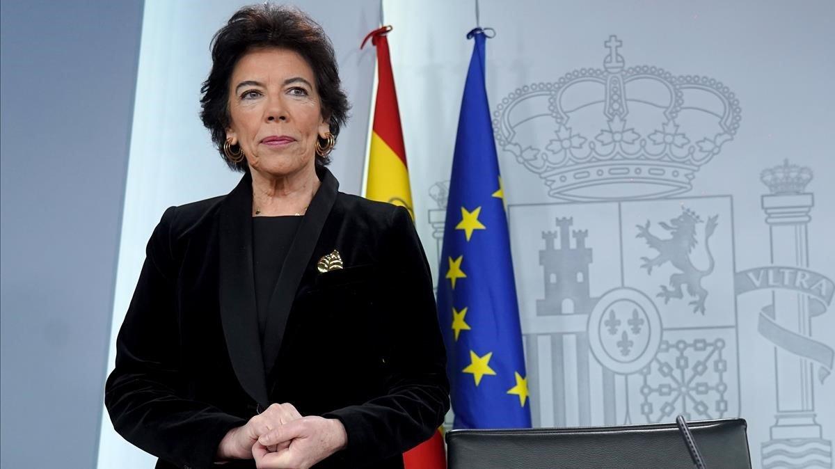 Isabel Celaa durante la rueda de prensa posterior al Consejo de Ministros celebrado hoy en el Palacio de la Moncloa