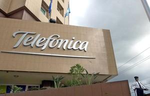 Telefónica tendrá cobertura total de fibra óptica para 2022.