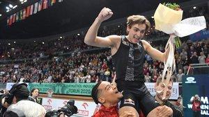 El joveníssim Duplantis bat el rècord del món de salt de perxa