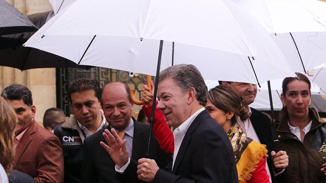Santos vota en el plebiscito del proceso de paz con las FARC.