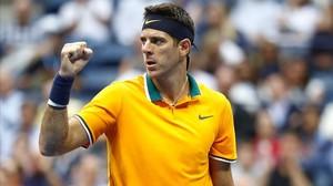 Juan Martín del Potro celebra un punto ganado en la semifinal ante Rafael Nadal en el Abierto de EEUU.
