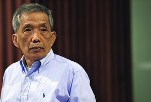 Duch, el jefe de la prisión de seguridad S-21 del régimen de Pol Pot, falleció en el Hospital de la Amistad Jemer-Soviética de Nom Pen.